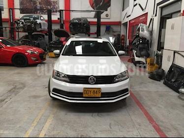 Volkswagen Jetta 2.0L Comfortline Aut  usado (2018) color Blanco precio $46.900.000