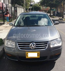Foto venta Carro usado Volkswagen Jetta 2.0L Trendline Aut (2009) color Gris precio $22.500.000