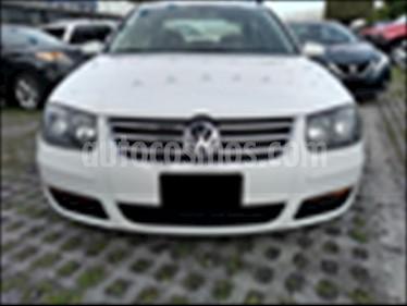 Foto venta Auto usado Volkswagen Jetta 4P CL L4 2.0 MAN ABS (2015) color Blanco precio $137,000