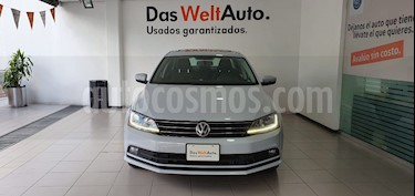 Foto venta Auto usado Volkswagen Jetta Comfortline 2.0 Aut (2018) color Gris precio $269,000