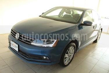 Foto venta Auto usado Volkswagen Jetta Comfortline 2.0 Aut (2018) color Azul precio $237,780
