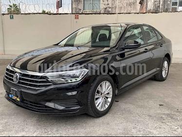 foto Volkswagen Jetta Comfortline Tiptronic usado (2019) color Negro precio $265,900