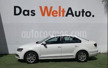 Foto venta Auto Seminuevo Volkswagen Jetta Comfortline Tiptronic (2017) color Blanco precio $269,500
