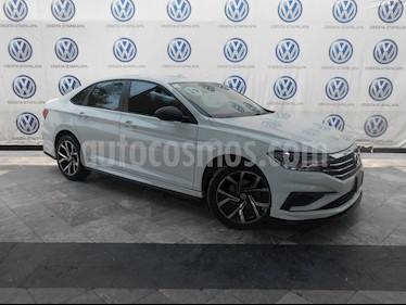 Foto venta Auto usado Volkswagen Jetta Comfortline Tiptronic (2019) color Blanco precio $369,000