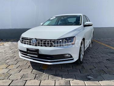 Foto venta Auto usado Volkswagen Jetta Comfortline Tiptronic (2018) color Blanco precio $275,000