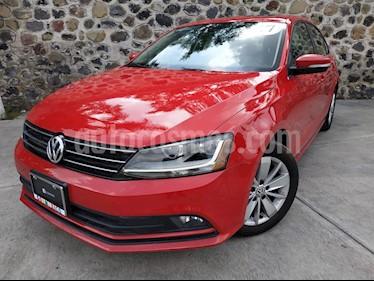 Foto venta Auto usado Volkswagen Jetta Comfortline Tiptronic (2017) color Rojo precio $230,000