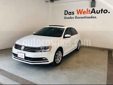 Foto venta Auto usado Volkswagen Jetta Comfortline Tiptronic (2016) color Blanco precio $212,606