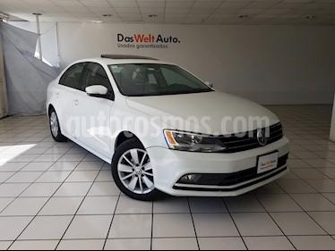 Foto venta Auto Seminuevo Volkswagen Jetta Comfortline Tiptronic (2015) color Blanco precio $214,900