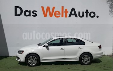 Foto venta Auto usado Volkswagen Jetta Comfortline Tiptronic (2017) color Blanco precio $269,500