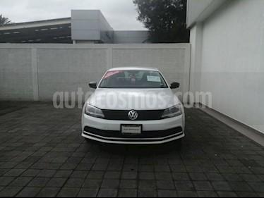 foto Volkswagen Jetta Comfortline Tiptronic usado (2017) color Blanco precio $189,000
