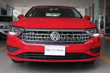 Volkswagen Jetta Comfortline Tiptronic usado (2019) color Rojo Tornado precio $298,000