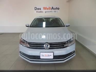 Foto venta Auto usado Volkswagen Jetta Comfortline Tiptronic (2018) color Blanco precio $278,358