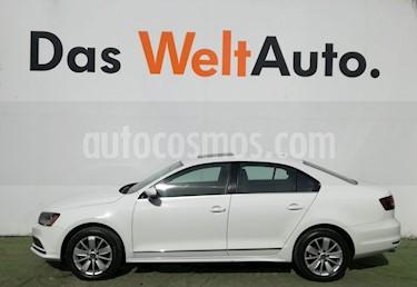 Foto venta Auto Seminuevo Volkswagen Jetta Comfortline Tiptronic (2018) color Blanco precio $299,000