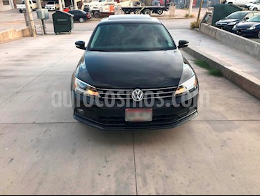 Foto venta Auto usado Volkswagen Jetta Comfortline Tiptronic (2015) color Negro precio $180,000