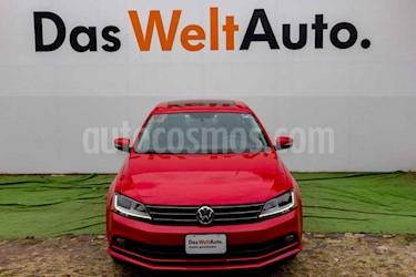 Foto Volkswagen Jetta Comfortline Tiptronic usado (2018) color Rojo precio $269,000