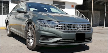 Foto venta Auto usado Volkswagen Jetta Comfortline Tiptronic (2019) color Verde precio $335,000