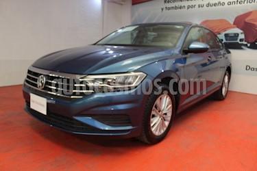 Foto venta Auto usado Volkswagen Jetta Comfortline (2019) color Azul precio $335,000