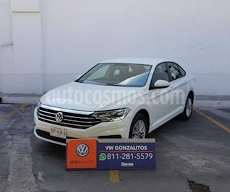 Foto Volkswagen Jetta Comfortline usado (2019) color Blanco precio $322,300