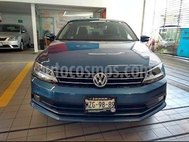 Foto venta Auto usado Volkswagen Jetta Comfortline (2016) color Azul precio $210,000