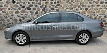 Foto venta Auto usado Volkswagen Jetta Comfortline (2016) color Gris precio $215,000