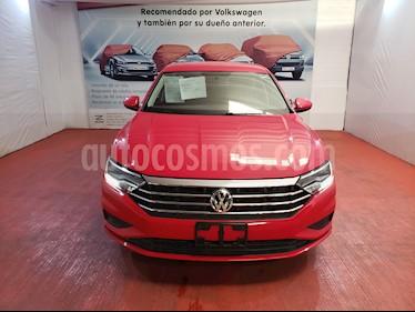 Volkswagen Jetta Comfortline usado (2019) color Rojo Tornado precio $295,000
