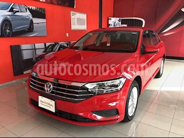 Foto venta Auto usado Volkswagen Jetta Comfortline (2019) color Rojo precio $320,000