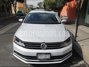 Volkswagen Jetta Comfortline usado (2017) color Plata Reflex precio $210,000