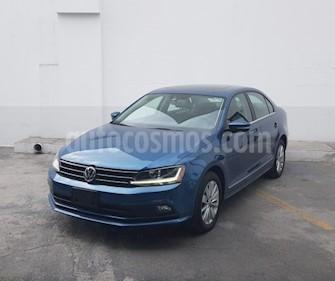 Foto Volkswagen Jetta Comfortline usado (2017) color Azul precio $270,000