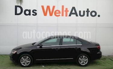 Foto venta Auto usado Volkswagen Jetta Comfortline (2018) color Negro Onix precio $265,000