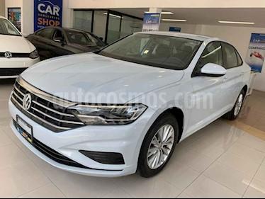 Foto venta Auto usado Volkswagen Jetta Comfortline (2019) color Blanco precio $275,800