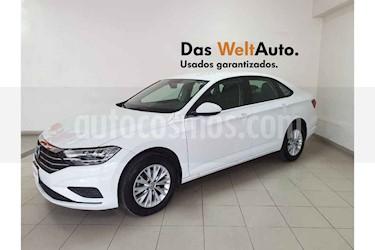 Foto Volkswagen Jetta Comfortline usado (2019) color Blanco precio $275,951