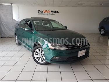 Foto venta Auto usado Volkswagen Jetta Comfortline (2017) color Verde precio $254,900