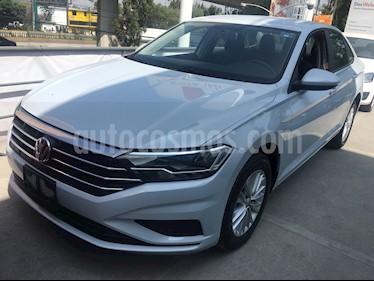 Volkswagen Jetta Comfortline usado (2019) color Blanco precio $290,000