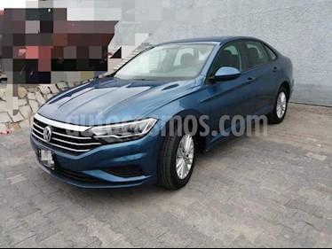Volkswagen Jetta Comfortline usado (2019) color Azul precio $325,000