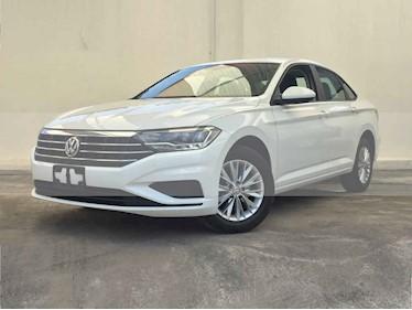 Foto venta Auto usado Volkswagen Jetta Comfortline (2019) color Blanco precio $274,900