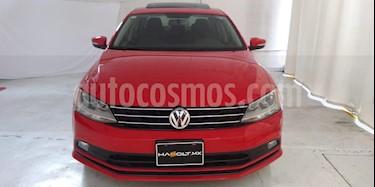 Foto Volkswagen Jetta Comfortline usado (2016) color Rojo Tornado precio $206,000