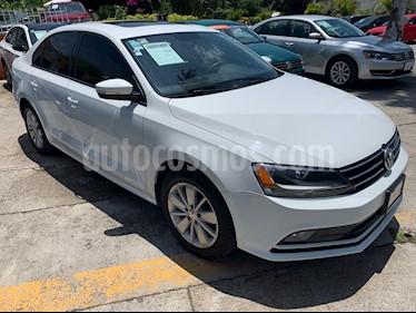 Foto venta Auto usado Volkswagen Jetta Comfortline (2016) color Blanco precio $214,900