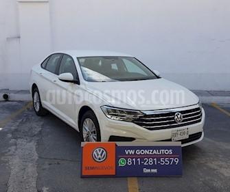 Foto Volkswagen Jetta Comfortline usado (2019) color Blanco precio $325,000