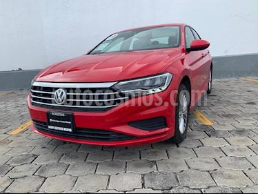 Foto Volkswagen Jetta Comfortline usado (2019) color Rojo Tornado precio $335,000