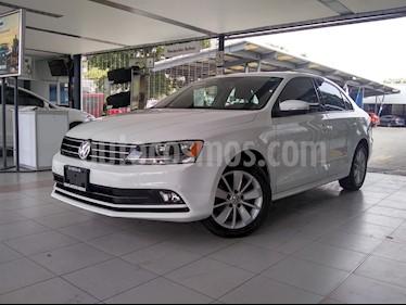 Foto venta Auto usado Volkswagen Jetta Comfortline (2016) color Blanco precio $229,000