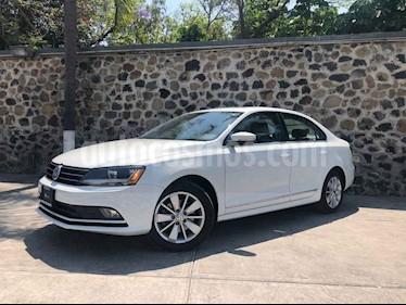 Foto venta Auto usado Volkswagen Jetta Comfortline (2017) color Blanco precio $259,000