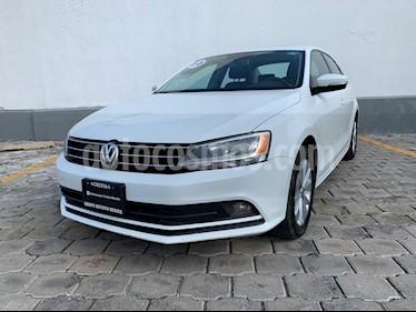 Foto venta Auto usado Volkswagen Jetta Comfortline (2016) color Blanco precio $220,000