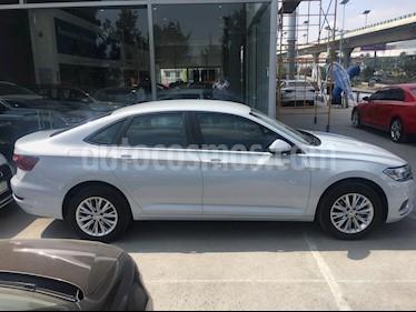 Volkswagen Jetta Comfortline usado (2019) color Blanco precio $295,000