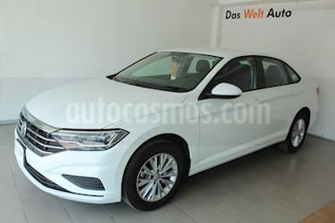 Foto venta Auto usado Volkswagen Jetta Comfortline (2019) color Blanco precio $337,000