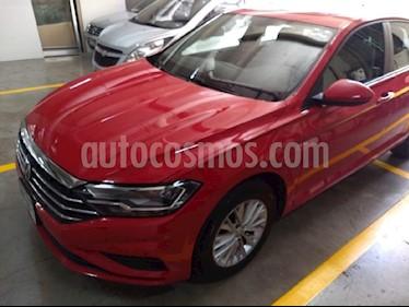 Foto venta Auto usado Volkswagen Jetta Comfortline (2019) color Rojo precio $304,900