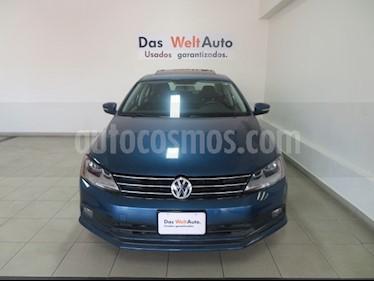 Foto venta Auto usado Volkswagen Jetta Comfortline (2018) color Azul precio $268,241