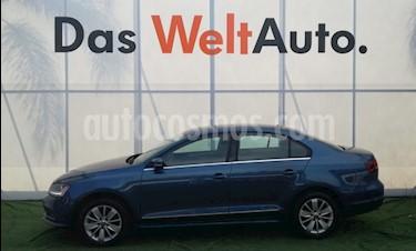 Foto venta Auto Seminuevo Volkswagen Jetta Comfortline (2017) color Azul precio $277,000