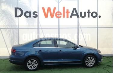 Foto venta Auto usado Volkswagen Jetta Comfortline (2017) color Azul precio $275,000