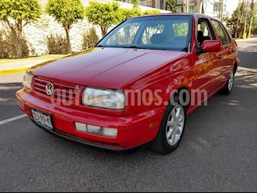 Volkswagen Jetta Europa 1.8 usado (1999) color Rojo precio $45,000