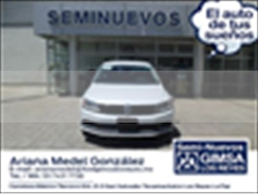 Volkswagen Jetta Fest Tiptronic usado (2017) color Blanco precio $196,000